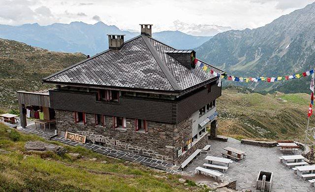 Campo-Tencia-Hütte