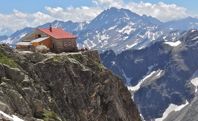 Neuvehütte